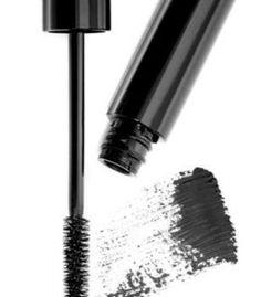 Top 5 ways on how to take off waterproof mascara...www.speakingstyle.com Xo