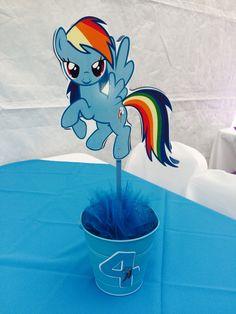 My little pony/ rainbow dash  Centerpiece