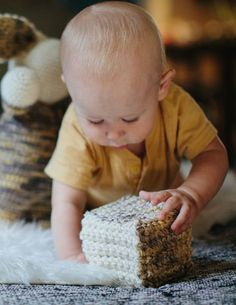 Wonderland Blocksis a guest post written by Abbey fromThe Firefly Hook. You can find her onFacebook,InstagramandPinterest. These blocks make a sweet toy for baby. Light enough to be stacked or thrown, these soft playthings are safe for little ones and add charm to any nursery. Place a jingle bell or sound maker in the interior …