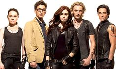 From left to right: Izzy, Simon, Clary, Jace, Alec.