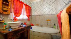 Corner Bathtub, Curtains, Shower, Bathroom, Street, Rain Shower Heads, Washroom, Corner Tub, Bathrooms
