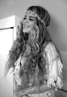 OH can I just be a hippy please Love Hair, Gorgeous Hair, Amazing Hair, Boho Hairstyles, Pretty Hairstyles, Hair Styles 2014, Curly Hair Styles, Hippie Hair, Bohemian Gypsy