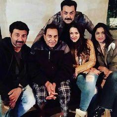 Ye......................  Happy Family............................ Handsome Celebrities, Indian Celebrities, Bollywood Celebrities, Bollywood Photos, Bollywood Stars, Pakistani Actress, Bollywood Actress, Indian Actresses, Actors & Actresses