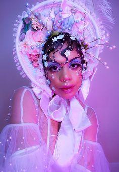 how to do mime makeup Makeup Inspiration, Character Inspiration, Character Design, Sunday Inspiration, Photo Reference, Art Reference, Inspiration Artistique, Creative Makeup Looks, Aesthetic People