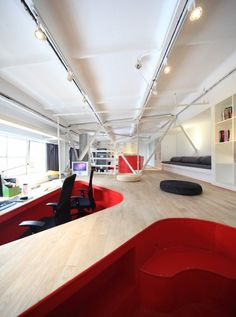 Beautiful and original interior office Red Town - is the work of architecture and design studio Taranta Creations from Shanghai. The interior is designed Fun Office Design, Cool Office Space, Office Interior Design, Office Interiors, Office Ideas, Office Designs, Workspace Design, Desk Space, Small Office