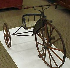 Very early trike. Antique Decor, Antique Toys, Vintage Games, Vintage Toys, Antique Bicycles, Luxury Rv, Pedal Pushers, Old Bikes, Pedal Cars