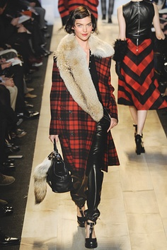 Michael Kors Fall 2012 - sexy, bold and feminine at the same time