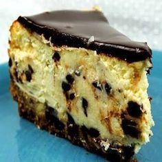 CHEESECAKE COM GOTAS DE CHOCOLATE