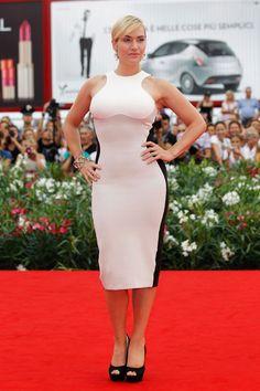 Gorgeous figure-slimming dresses
