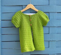 Pattern: Dottie by Mary Lawson - knitted by gingergooseberry