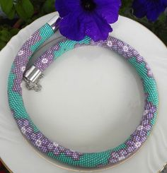 Gärten Almaty  Beaded crochet Necklace  von Inspirationzweig