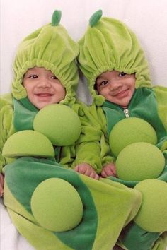 Twins #twin #costumes