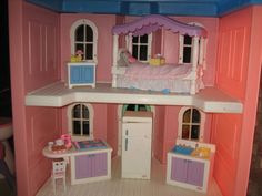 Little Tikes My Size Barbie Pink Doll House Complete With Furniture