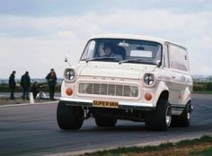 The Ford Transit Supervan first appeared at Brands Hatch in Essentially it was a chassis with a mid mounted Gurney Weslake which powered the Mark 1 Transit to in seven . 4x4, Ford Rs, Vintage Vans, Vintage Auto, Cool Vans, Ford Transit, Transit Camper, Ford Classic Cars, Ford Motor Company