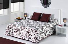 DecoArt24.pl Narzuta EYSA 235x270cm Tunga bordo - Piękna i oryginalna narzuta hiszpańska firmy EYSA Eleganko wykonana z materiałów najwyższej jakości bardzo dobrze prezentuje się zarówno w stylowej jak i nowoczesnej sypialni Niepowtarzalne wzornictwo podkreśli charakter każdej sypialni  Narzuta jest dwustronna #dom #sypialnia #łóżko #DecoArt24.pl #sophisticated
