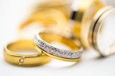 12 Gold Jewelry Manufacturers You Can Do business With Buying An Engagement Ring, Engagement Rings, Engagement Ideas, Gold Jewelry, Jewelery, Jewellery Earrings, Wedding Jewelry, Dangle Earrings, Vintage Jewelry