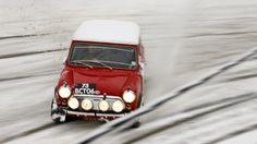 Mini Cooper - no shortage of fun here! Old Mini Cooper, Mini Cooper Classic, Classic Mini, Classic Cars, Mini Morris, Automobile, Classic Motors, Top Gear, Machine Design