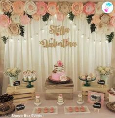 Ideas baby shower floral vintage for 2019 Baby Shower Table Decorations, Baby Shower Themes, Shower Ideas, Baby Shower Flowers, Floral Baby Shower, Baby Boy Shower, Baby Shower Gifts, Baby Showers, Decoracion Baby Shower Niña
