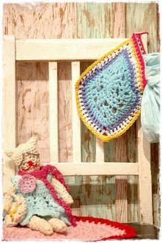 crochet cat and potholder