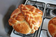 Paska is a traditional Easter bread made in Eastern European countries including Poland, Ukraine, and Slovakia. Christian symbolism is associated with this bread. My grandmother, mother, and vari… Slovak Recipes, Ukrainian Recipes, Russian Recipes, Czech Recipes, Bakery Recipes, Cooking Recipes, Bread Recipes, Yummy Recipes, Recipies
