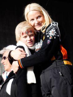 Crown Princess Mette-Marit pens emotional open letter as son Marius Borg Høiby quits public life Norwegian Royalty, Marius, Sibling Photos, Public, Canada, Open Letter, Royal House, Wedding Couples, Norway