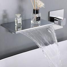 Small Luxury Bathrooms, Bathroom Design Luxury, Dream Bathrooms, Modern Luxury Bathroom, Dream Rooms, Modern Bathroom Sink, Bathroom Sink Faucets, Bathroom Ideas, Brass Bathroom