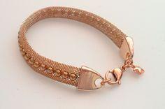 Donker roségouden armband van www.tinytreasures.nl