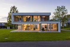 Musterhaus Bad Vilbel : Casas modernas por Die HausManufaktur GmbH