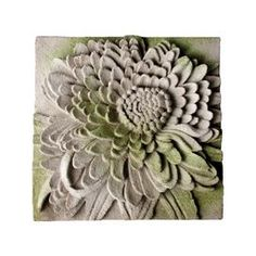 Chrysanthemum Plaque Wall Décor
