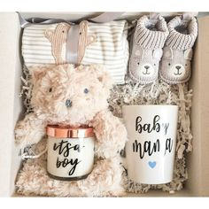 DIY Personalized Gift Baskets More from my siteDIY Baby Shower Gift Basket Ideas for GirlsHow to Make a Baby Onesie Flower Gift Basket Baby Shower Gift Basket, Baby Gift Box, Baby Box, Baby Shower Gifts, Baby Shower Presents, Baby Presents, New Mom Gift Basket, New Baby Gifts, Baby Boy Diy Gifts