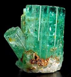 of Rings Emerald; the green variety of the mineral beryl. framework silicate, although so. the green variety of the mineral beryl. framework silicate, although sometimes argued as a ring silicate. shown here in a hexagonal prism. Cool Rocks, Beautiful Rocks, Minerals And Gemstones, Rocks And Minerals, Cristal Art, Emerald Gemstone, Raw Emerald, Natural Emerald, Emerald City