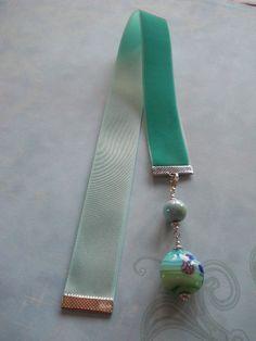 Jade Velvet Lampwork bead bookmark on Etsy, $6.99
