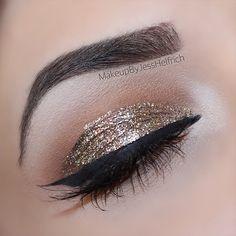 @anastasiabeverlyhills dipbrow in dark brown, revlon photoready eye art in topaz twinkle ✨ #makeupbyjesshelfrich