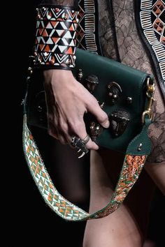 The Valentino runway had tons of amazing bags and accessories for spring 2016 - click to see the gorgeous pictures and close-up shots.