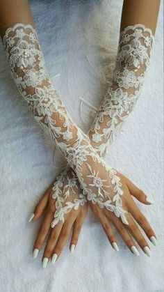 Bridesmaid dresses lace gloves wedding gloves fingerless gloves party by UnionTouch lovely Lacey wedding gloves to complement your sleeveless or strapless gowns Extra long ivory frame wedding glove Bridal Glove by UnionTouch Overwhelmed By Wedding Plans? Bride Gloves, Wedding Gloves, Lace Gloves, Fingerless Gloves, Trendy Wedding, Dream Wedding, Wedding Beach, Wedding Blue, Lace Wedding