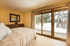 Bedroom 3 of 3 in this 2,934 SF townhouse overlooking Vail Mountain. #vailrealestate #vailliving #vailproperties