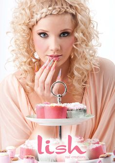 Lish edibles Uñas Fashion, Fashion Trends, Nagellack Design, Crazy Nails, Crown, Inspiration, Pretty, Red, Hair