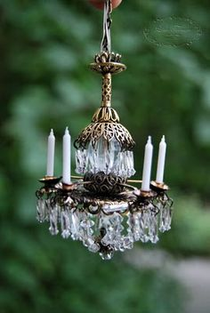 Miniature chandelier for a dolls' house !
