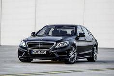 Mercedes-Benz S-Class W222. Одной из самых ожидаемых автомобильных новинок в 2013 году, без сомнения, является флагманский седан Mercedes-Benz S-Class нового поколения с индексом кузова W222. Официа.....