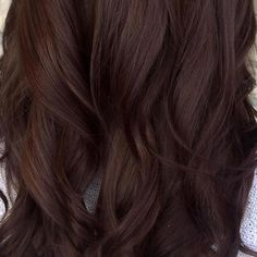 Fantastic Dark Brown Hair Color Ideas With Highlights Red Hair red brown hair dye Cabello Cafe Chocolate, Pelo Chocolate, Cabello Color Chocolate, Dark Chocolate Brown Hair, Brown Hair Dyed Red, Brown Hair Shades, Brown Hair With Blonde Highlights, Light Brown Hair, Brown Hair Colors