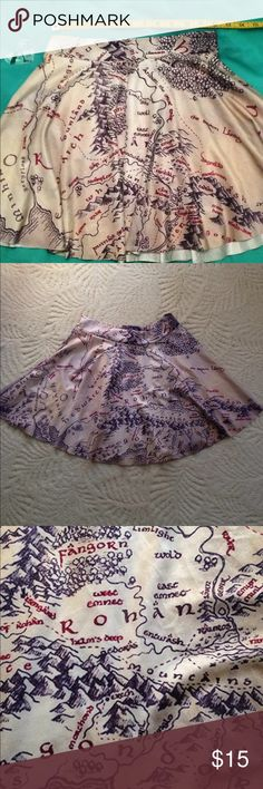 """S Lord of the Rings Circle Skirt LOTR Map Hobbit This is a reposh, I bought it without asking for measurements, my bad. The waist measures 24"""" unstretched. Skirts Mini"""