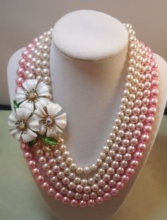 Vintage pearls with brooch