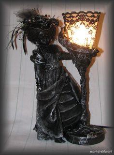 lamp and lady powertex