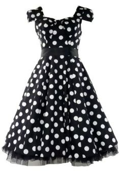 There's something about polka dots and 50's vintage dresses.