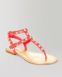 1. a cute casual look for your flight {bebe Petra Studded Flat Sandal in Hibiscus} #bebe #wishesanddreams