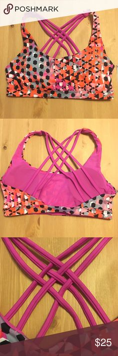 Victoria's Secret Sports Bra Size Small. Comes with removable padded inserts. New with tags. Victoria's Secret Intimates & Sleepwear Bras