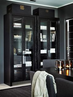 Cabinet and Case Vogue Home, Asian Decor, Interior Decorating, Interior Design, Modern Kitchen Design, House Colors, Home And Living, Decoration, Home Furniture