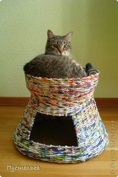 Today is a wonderful master class, how to weave from newspaper tubes such a wonderful home for...