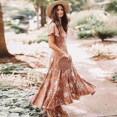 b06efbbd222eda 13 beste afbeeldingen van Strand jurken in 2019 - Beach dresses ...