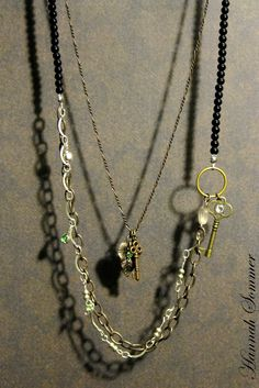 double necklace. the two pieces can be worn together or separately.